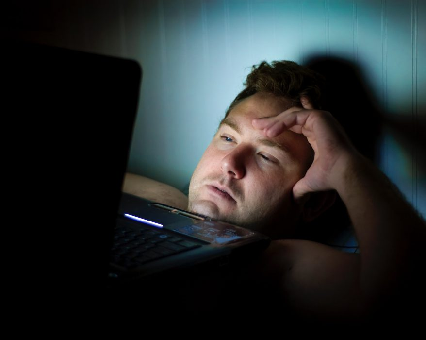people_abroad_insomnia